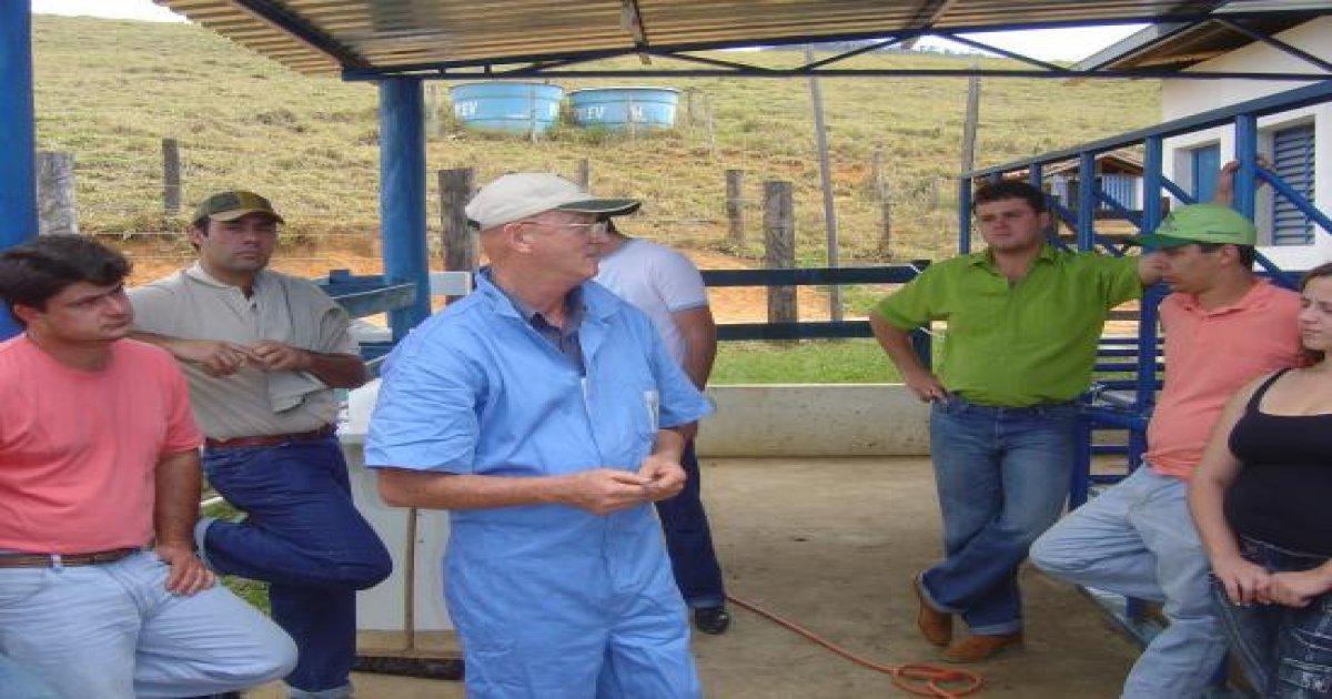 1º Curso de Clínica Médica e Cirurgias em Bovinos Agosto/2008